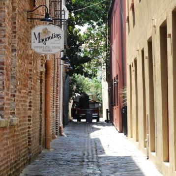 Magnolia's, Alley View
