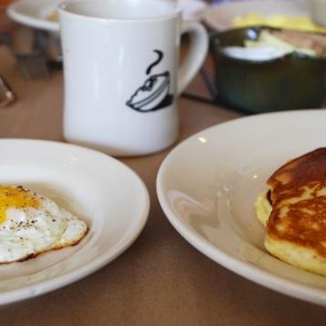 Hominy Grill, Breakfast